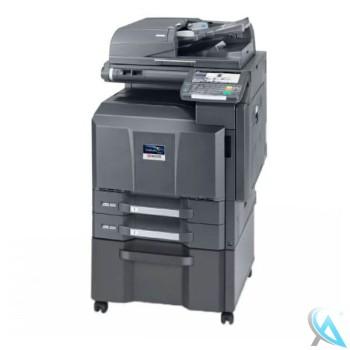 Kyocera TASKalfa 3500i gebrauchter Kopierer auf Unterschrank mit DP-770