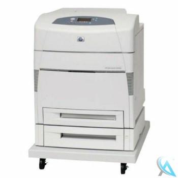HP Color Laserjet 5550DTN auf Rollenuntergestell gebrauchter Farblaserdrucker ohne Toner
